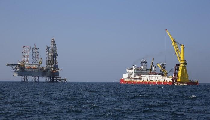 کشتی لوله گذار نفتی